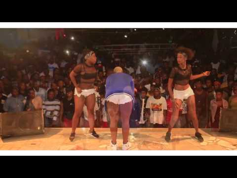 Queen Darlin live performance Dodoma Royal Village part 1