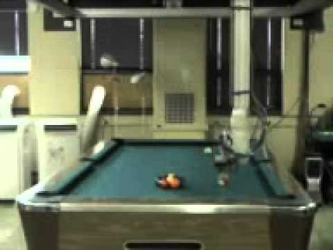Robot Playing Pool - The RCVLab at Queen_s University have made a.3gp