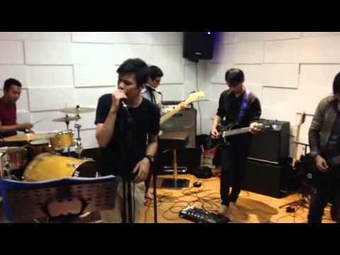 Five Minutes - Selamat tinggal  ( Vegas band Cover )
