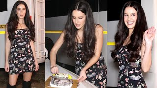 Katrina Kaif Sister Isabelle Kaif Celebrates Her 30TH Birthday With Media & Her Crew Members |Salman