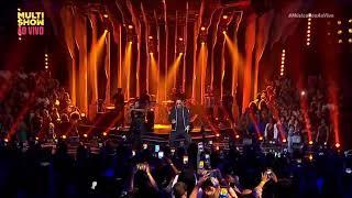 Baixar Iza e Léo Santana cantam Arrasta no Música Boa - Multishow
