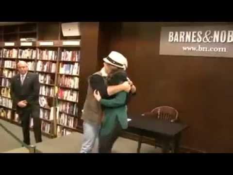 Thalia presenta su nuevo libro en Nueva York, 01.11.2011 | EFE