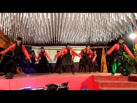 Jaighosh chale Tujha Morya 1st price Danceholic Sqaud at Vikhroli Vikarharta Kannawar nagar 1