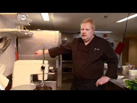 Schweizer Spezialität Capuns im Bergrestaurant | Euromaxx à la carte
