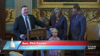 Sen. Pavlov honors Brenda Resch for her service to the Michigan Senate