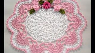 Centro de Mesa Em Crochê Rosa com Branco- Parte Final