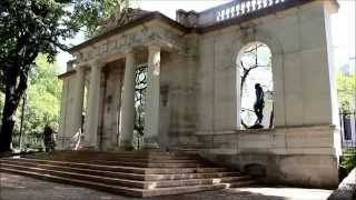 Ben's Tours--Rodin Museum Philadelphia(Each installment of Ben's Tours takes you on a visit to a special place. This time join me on Philadelphia's museum row for the largest collection of Auguste ..., 2015-08-24T22:31:34.000Z)