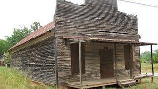 Old Nolan Store, Plantation Home, And Slave Quarters Bostwick, GA.