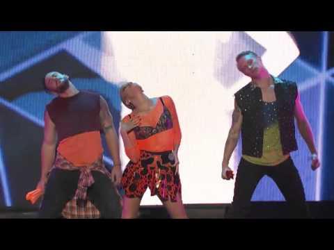 Eden Xo - Too Cool To Dance (live @ IFFA 2015)
