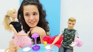 Oyuncak bebek Barbie doğuma hazırlanıyor!