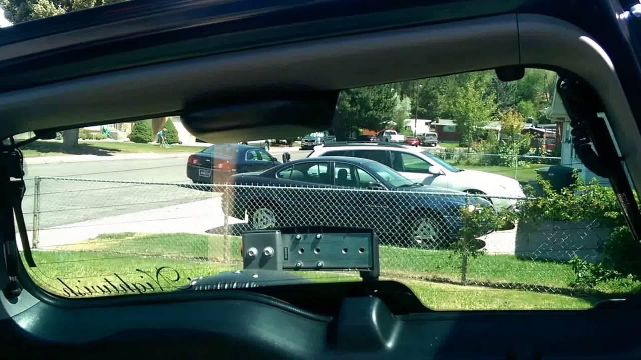 how to change crv 2010 back windshield wiper
