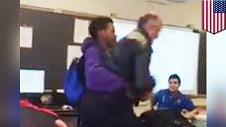 Ученик применил бросок против учителя, пытавшегося отобрать у него телефон
