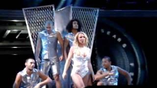 Hold It Against Me - MEGA CLOSE (Femme Fatale Tour live from São Paulo)
