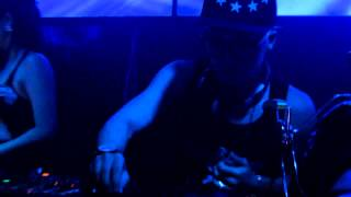 Ode To Single ladies (DJ Zag Kul live mix in Marquee Club)