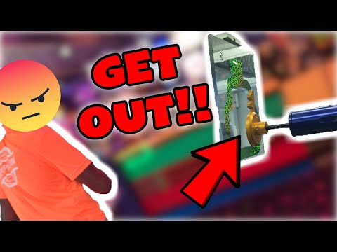 KICKED OUT OF THE ARCADE FOR TRYING TO WIN A PS4 FROM PRIZE LOCKER!!! | ClawBoss