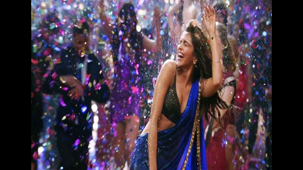 Sexy Deepika Padukone Yeh Jawaani Hai Deewani - YouTube