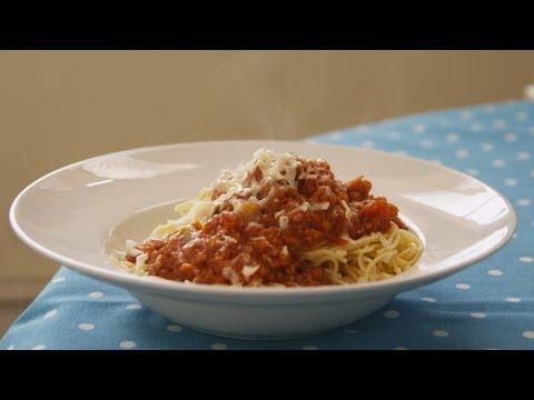 spaghetti bolognese sofie dumont