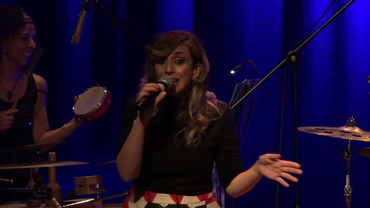 Carmela Visone & the grooves