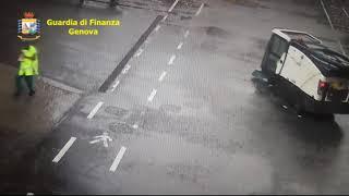 Genova. Video della GDF mostra momenti del crollo ponte Morandi