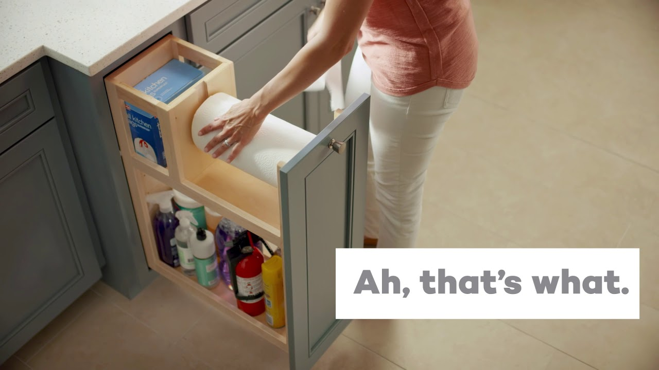 Superieur KraftMaid® Auto Open Base Cleaning Cabinet