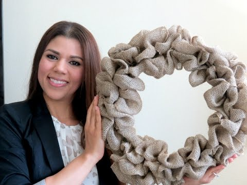 Diy Video On How To Make A Burlap Wreath