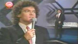 FRANCO SIMONE - RESPIRO (NOCHE DE GIGANTES 1981)(BUENA)