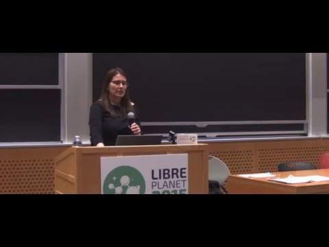 Karen Sandler keynotes FSF