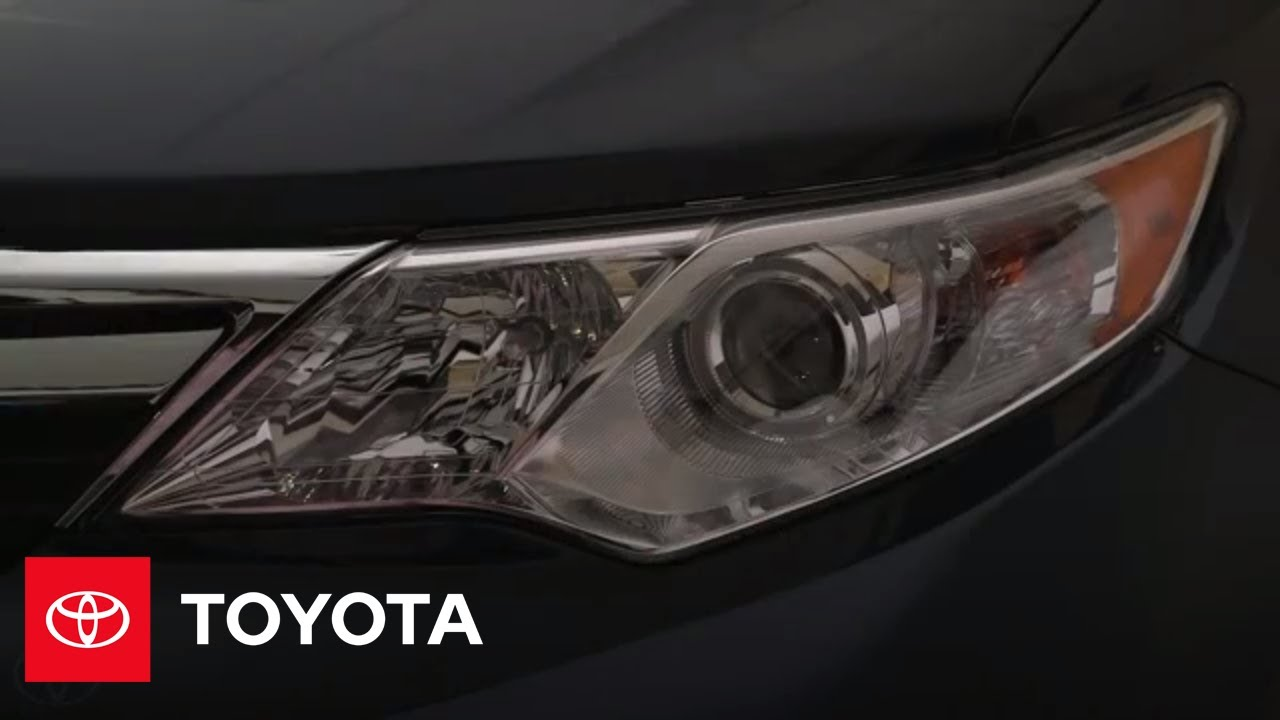 2014 toyota camry hazard lights