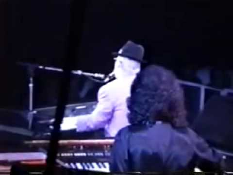 """Elton John   """"Live in New Haven"""" 10/18/89    Sleeping With The Past Tour"""