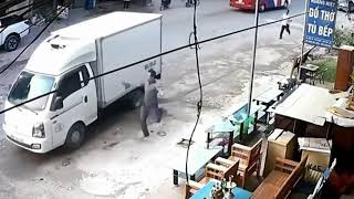 ULTIMATE FUNNY DRIVERS, EPIC FUNNY DRIVING FAILS MARCH 2018