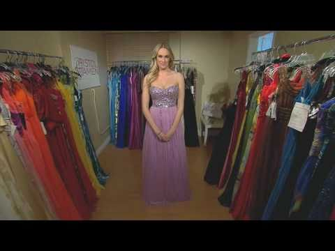 E! Ashlan Gorse picking Adrianna Papell Live From the Red Carpet dress for Oscars