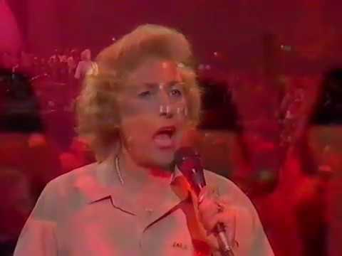 'The White Cliffs Of Dover' + 'We'll Meet Again' 1984   Dame Vera Lynn