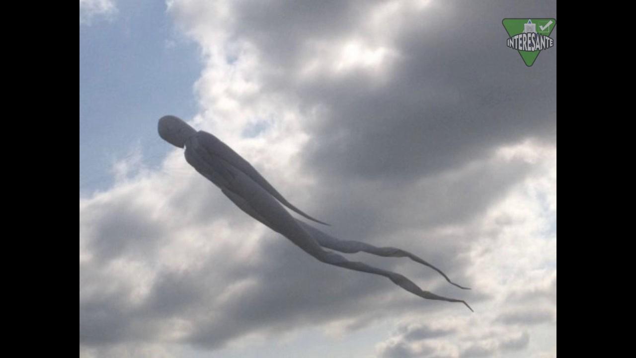 Extraña Imagen Aparece en el cielo ¿ que es ? INTERESANTE YouTube