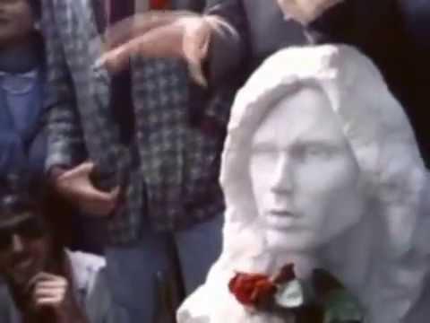 Père Lachaise / Jim Morrison Grave (1943-1971) (A Feast Of ...