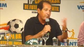 Jornal Cruzeiro do Sul - Muricy e jornalistas aconselham futuros jogadores