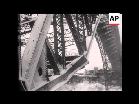 Niagara Falls Bridge Collapses Under Pressure of Ice - 1938