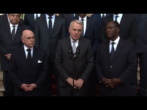 French ministers visit Ivory Coast after beach attack