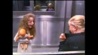 Розыгрыш! Страшный прикол в лифте ...