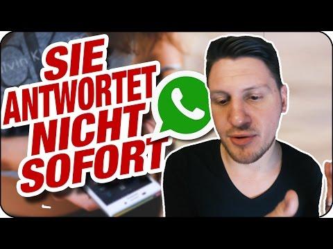 SIE SCHREIBT ERST NACH STUNDEN ODER TAGEN ZURÜCK (bei Whatsapp oder Snapchat)