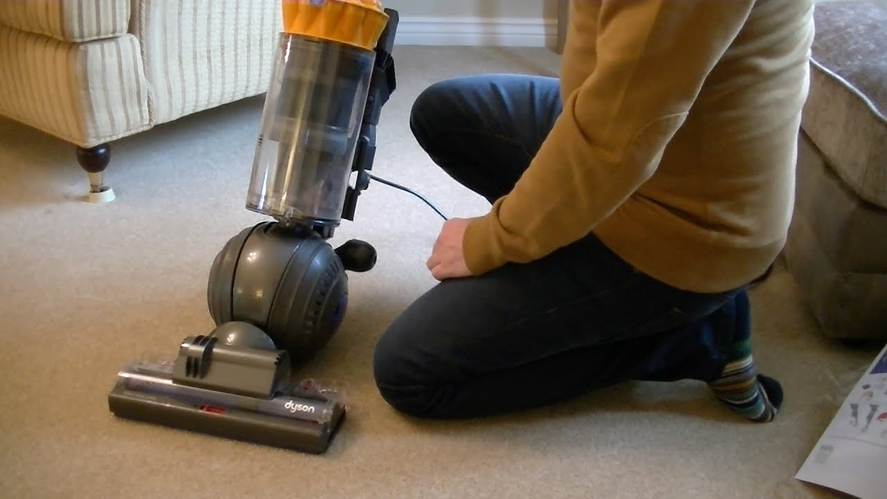 Dyson DC40 (2015) Multifloor Unboxing, Assembly U0026 First Impressions