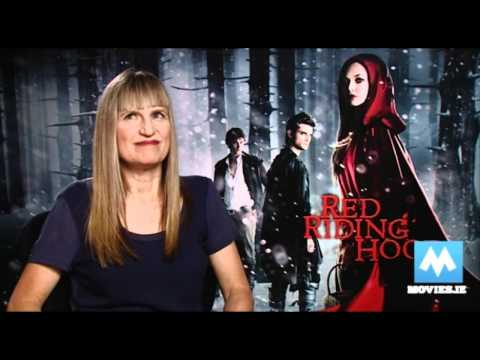 Catherine Hardwicke talks Robert Pattinson, Twilight & Red Riding Hood