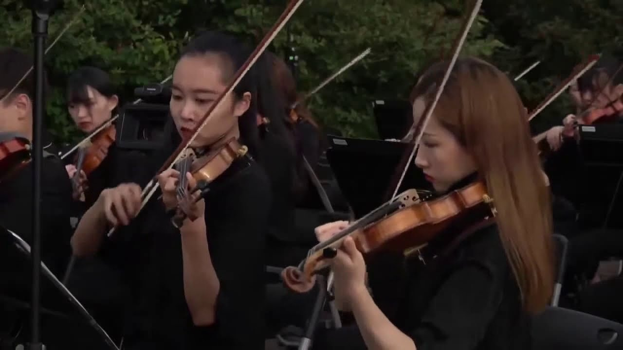 《黃山之巔雲海音樂會》第一交響樂第三樂章 奔向輝煌