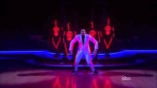 Chris Brown - THE Dancer (HD 720p)