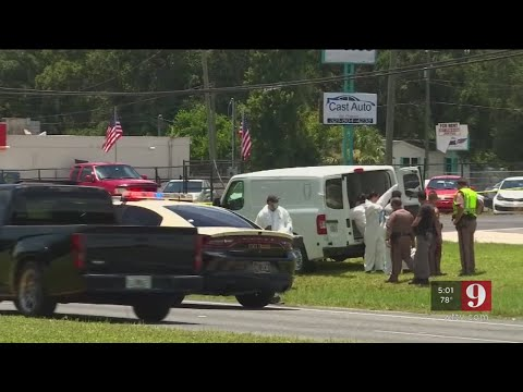 Video: Man's body found in ditch along Colonial Drive, FHP says