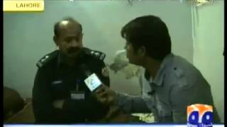 FUNNIEST CLIP OF PAKISTANI POLICE... MUST WATCH... UPLOADED BY SHAHJEE BHALLI