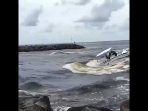 Jupiter Florida Inlet Boat Almost Sinks In Crazy Accident.