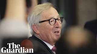 Juncker shows humorous side as EU fails to find replacement