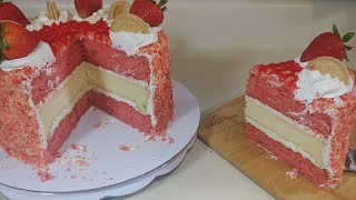 Making the Strawberry Cheesecake Crunch Cake