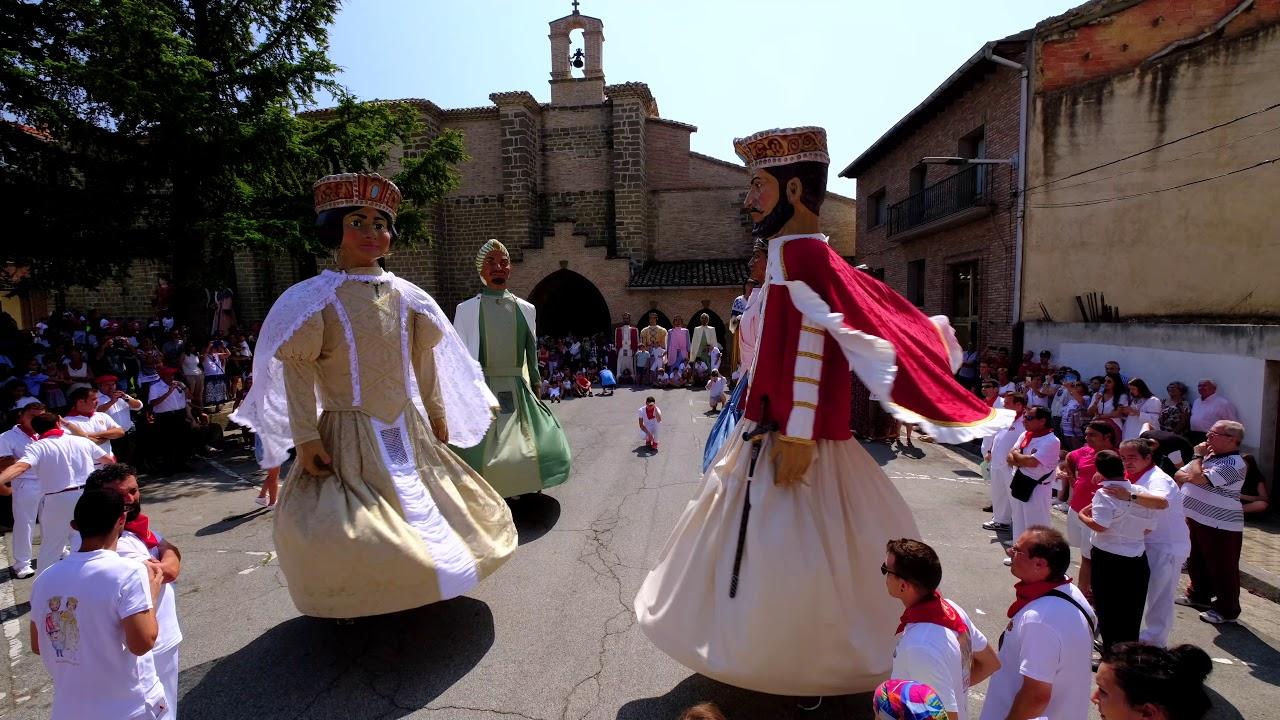 Gigantes de Sangüesa (Navarra). Baile en el centenario.
