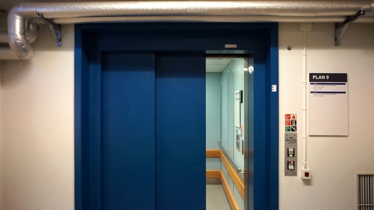Rare DEVE holeless hydraulic elevator with flat buttons and chime @  Linköping University Hospital